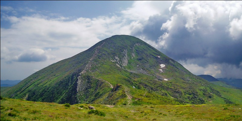 Which is the highest mountain in Ukraine?