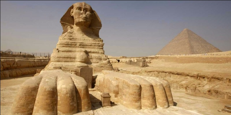 True or false ?Egypt is a country which is bordering of no downriver, no river, no sea and no ocean.