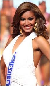 Who was elected Miss Cedeao in 2001 ?