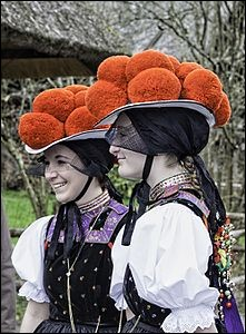 What is the name of this headgear ?