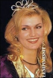 Who was elected the most beautiful woman in the Baltic Sea in 2001 ?
