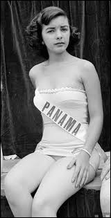 Who was elected most beautiful woman on Panama in 1952 ?