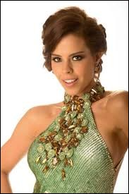 Who was elected most beautiful woman on Panama in 2012 ?