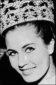 Who was elected most beautiful woman on Netherlands in 1962 ?