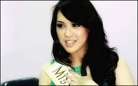 Who was elected most beautiful woman on Indonesia in 2013 ?