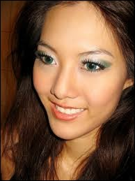 Who was elected most beautiful woman on Singapore in 2011 ?
