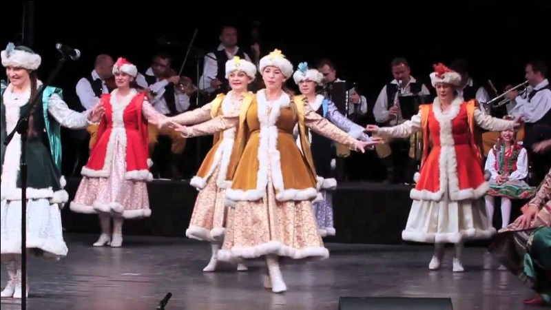 What is the Polish national dance?