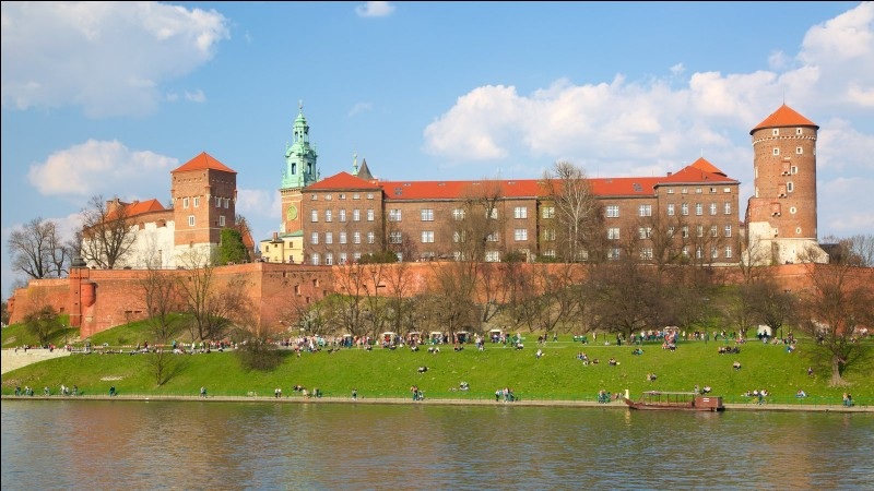 In which city is located Wawel?