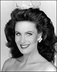 Who was elected most beautiful woman on Hawaii in 1991 ?