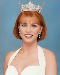 Who was elected most beautiful woman on Oklahoma in 1995 ?