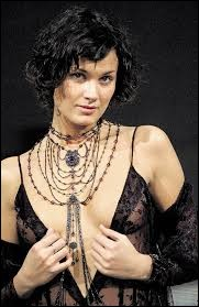 Who was named as the most beautiful woman on Czech Republic in 2000 ?