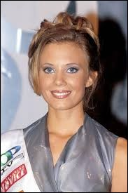 Who was named most beautiful woman on Slovenia in 1999 ?