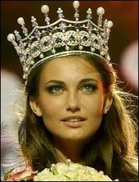 Who was named most beautiful woman on Ukraine in 2006 ?