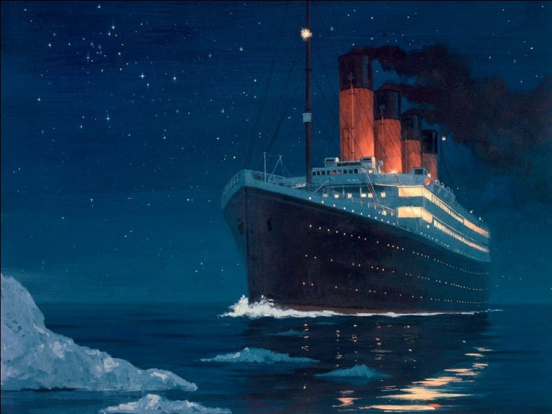 What time did the Titanic hit the iceberg and sink?