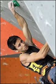 Who was crowned world champion climbing in 2007 ?