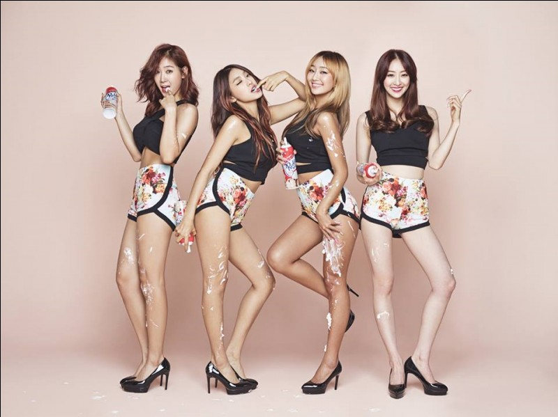 In July 2014, the girl band Sistar released its new song which became its biggest success. Which is it?