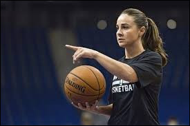 What country is the coach (Basket Ball) Becky Hammon from ?