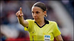 What country is the referee (Soccer) Stéphanie Frappart from ?