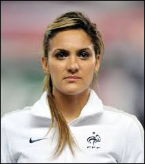 What country the athlete Louisa Necib is from ?