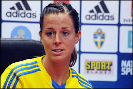 What country the athlete Lotta Schelin is from ?