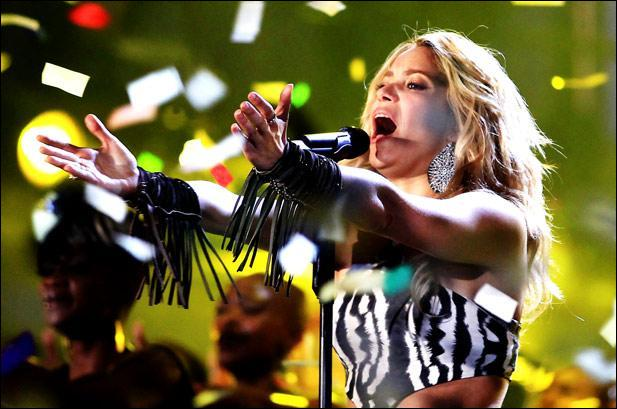 What song did Shakira perform at the opening ceremony of the 2010 FIFA World Cup in South Africa ?
