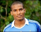 Florent Malouda formed a magnificent attack doublet with Didier Drogba in 2 different clubs. In which of these clubs has he never played with him ?