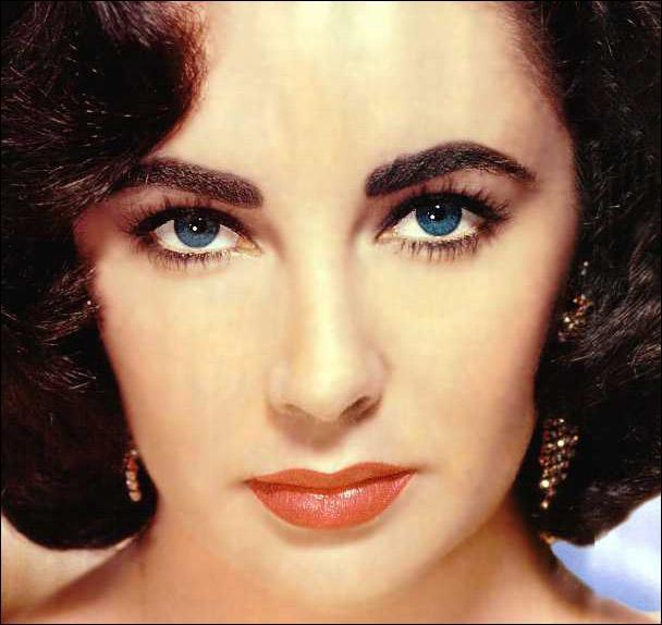 Where was Elizabeth Taylor born?