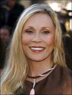 Faye Dunaway starred in what acclaimed 1976 TV drama?