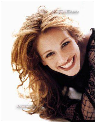 Julia Roberts was born in what year?