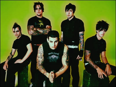 What is the name of Avenged Sevenfold's lead guitarist?