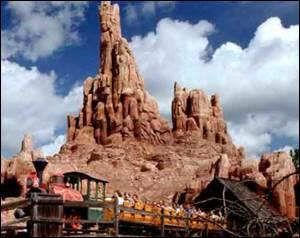 What ride is this at Disneyland?