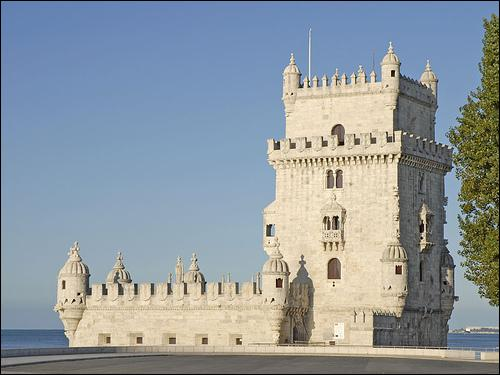 What is the name of this tower which is in Lisbon?