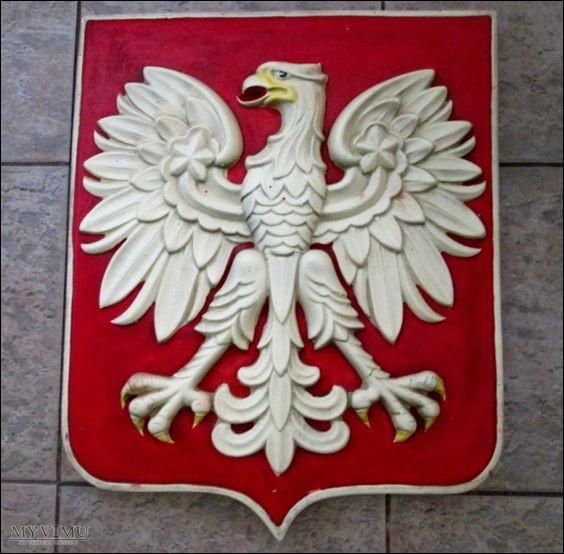 Has Poland got a camel on the national emblem?