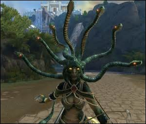 How many snake heads can be seen from Medusa's hair in her default skin?