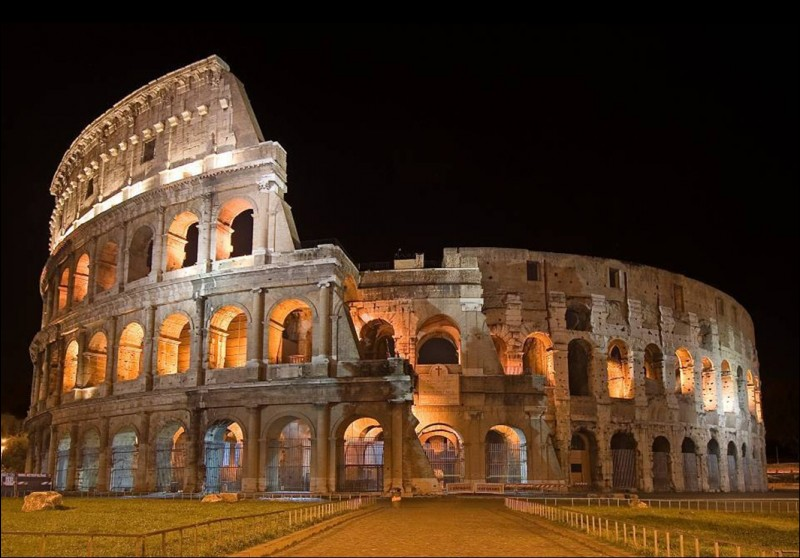 Is the Colosseum one of the seven modern wonders of the world?